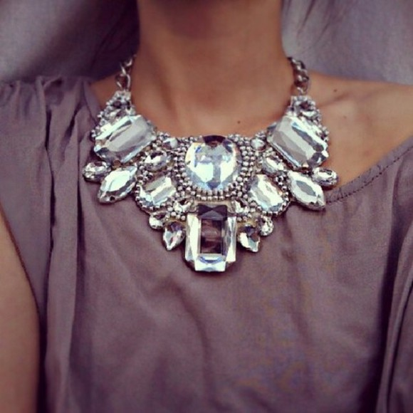 sparkly jewels necklace