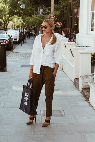 en vogue coop blogger brown white shirt tote bag