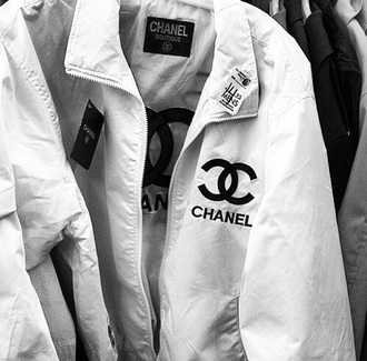 coat chanel style jacket chanel t-shirt chanel jacket white jacket