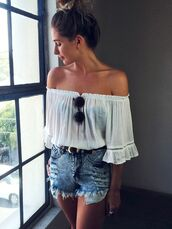 blouse,off the shoulder,off shoulder blouse,off the shoulder top,off shoulder shirt,white blouse,white,white shirt,boho,boho chic,denim shorts,High waisted shorts,high waisted denim short,denim high waisted shorts,round sunglasses,sunglasses,peasant top