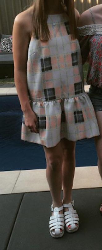 dress hem backless checkered