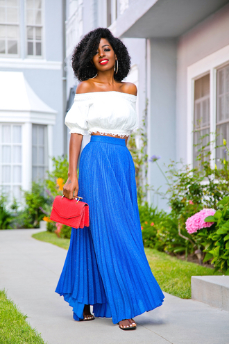 blogger top skirt bag