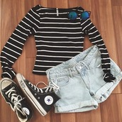 top,stripes,striped top,off the shoulder,black,white,black and white,white top,black top,shorts,denim,off the shoulder top,off the shoulder striped top,black and white striped,black and white shirt,High waisted shorts,blue shorts,denim shorts,short shorts,converse,black converse,sunglasses,crop tops,black crop top,fitted t-shirt,outfit,cuffed shorts,cuffed denim shorts