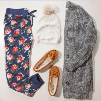 pajamas pom pom pompom fur sweatpant pajama pants comfy cardigan moccasins harem pants letthebirdssing cozy hat shoes