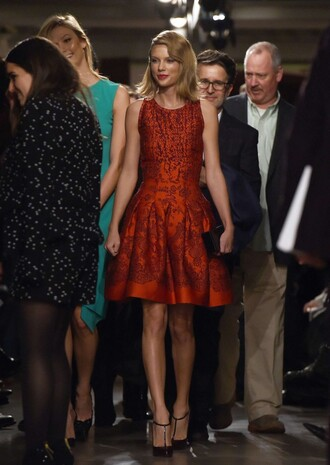 dress taylor swift fashion week 2015 pumps