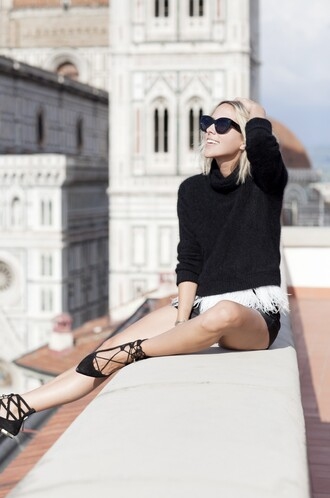 damsel in dior blogger sweater shorts bag shoes
