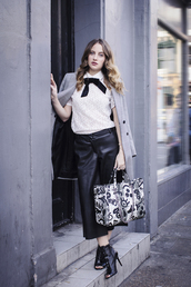 at fashion forte,blogger,leather pants,culottes,grey coat,leather culottes,palazzo pants,black pants,top,white lace top,lace top,white top,coat,bag,printed bag,peep toe boots,boots,black boots,fall outfits,streetstyle,guess
