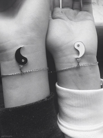 jewels friendship bracelet ying yang