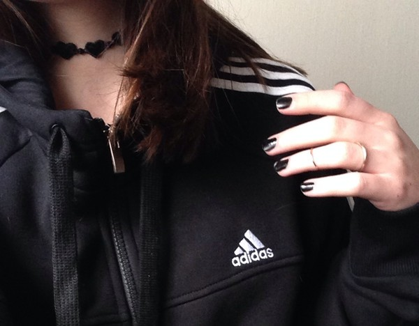 jacket adidas jacket adidas grunge hipster jewels heart color/pattern grungs pale choker necklace choker necklace necklace jewelry heart zip up hoodie stripes