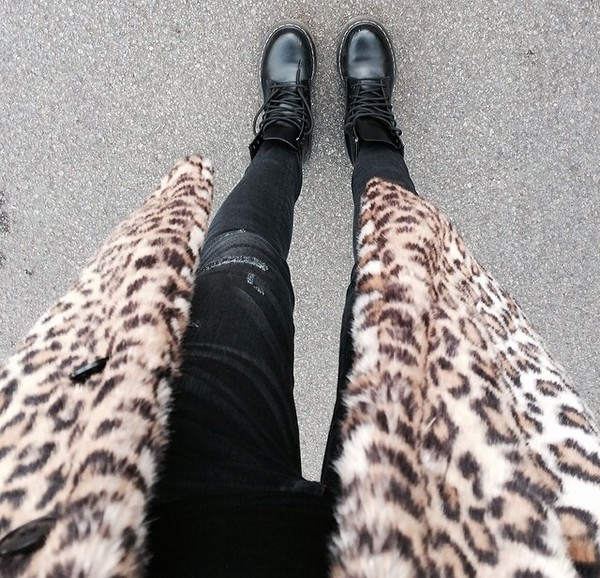coat dr marten boots black leopard print leoprint long coat pants jeans black jeans style shoes
