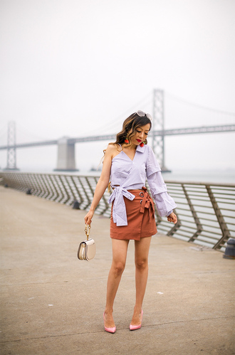 skirt one shoulder bow top one shoulder top ruffle sleeve wrapped skirt mini skirt blogger blogger style pumps mini bag