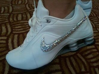 shoes sportswear sparcle sparcly silver white nike nike shoes silver glitter! glitz glamour stunna fitness sparkle sports shoes nike running shoes nike sneakers fashion girly same nike trainers white with silver diamonntè sliver