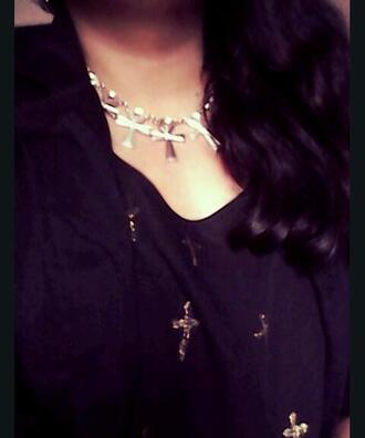 blouse black black blouse grunge nugoth witch grunge wicca dark coat hair black hair beautiful hair necklace cross necklace cross karenaguilera
