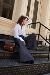 oracle fox,blogger,jewels,bag,brown bag,wide-leg pants,blue shirt,spring outfits