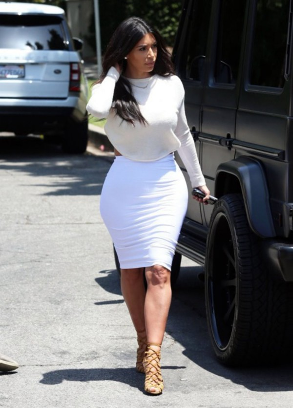 skirt kim kardashian shoes top sweater