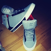 shoes,adidas originals
