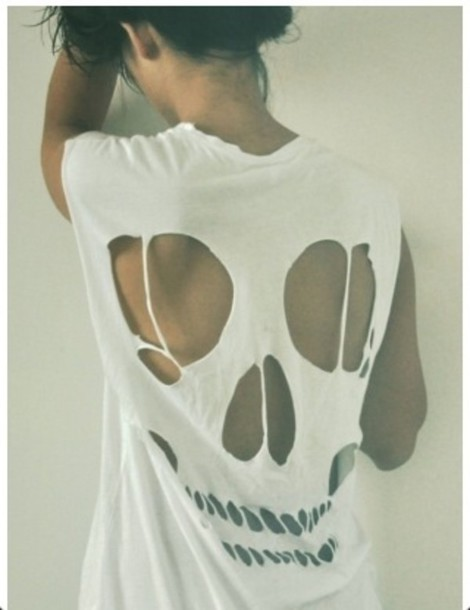 T-shirt: white, holes, skull, cut - Wheretoget