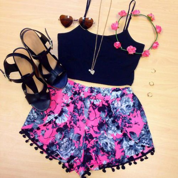 shorts flowered shorts pom pom shorts beach shorts boho cute outfit top