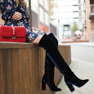 shoes tumblr blue velvet velvet boots velvet shoes over the knee boots over the knee bag red bag valentino pointed toe boots velvet over the knee boots