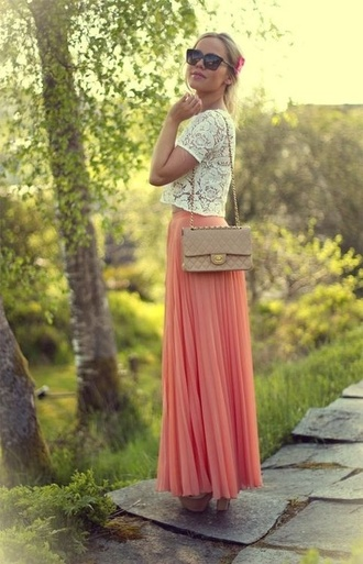 skirt summer outfits coral maxi skirt white lace wedge heels side bag summery crop tops