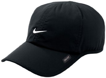 Amazon.com   Men s Nike Feather Light Cap a3fb8bb33de