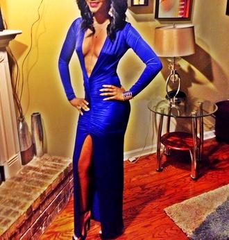 dress blue long dress zulu ball heels undefined blue dress prom dress deep v neck dress middle slit new orleans high heels black high heels green long sleeve dress red lipstick