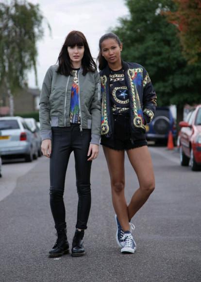 boots DrMartens t-shirt jacket jeans skinny jeans crewneck top converse