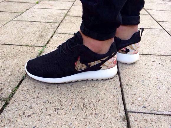 shoes floral nike nike roshe run