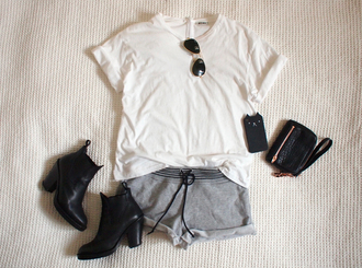 shoes black boots booties cool t-shirt shorts sweat shorts black pouch sunglasses