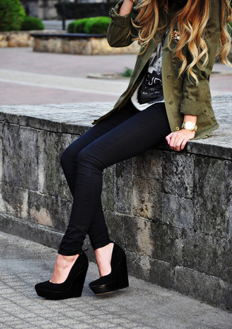t-shirt jeans black tee shirt