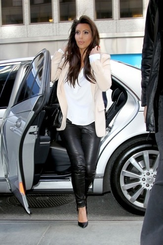 jacket kim kardashian beige blazer white blouse black leather pants black heels leather pants