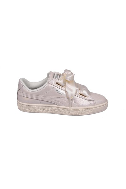 heart sneakers white shoes