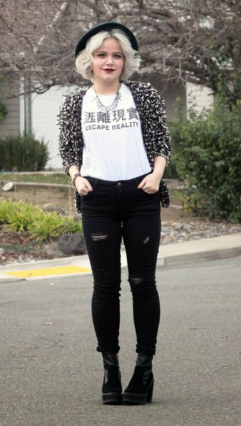 broke hell blogger cardigan japanese fashion ripped jeans white t-shirt graphic tee fluffy black and white black ripped jeans shirt jeans shoes