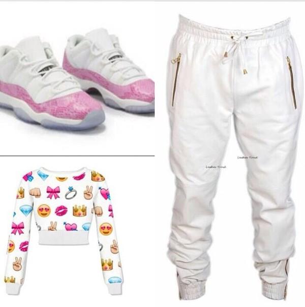 blouse shoes sweatpants crop tops
