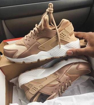 shoes nike huarache sneakers nude sneakers