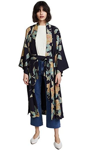 Elizabeth and James kimono floral top