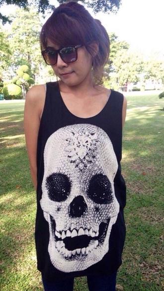 top skull skull t-shirt skull tank top skull top skull singlet tank top vest