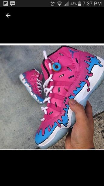 the latest 65848 56217 shoes pink donut jordans blue jordans legend white