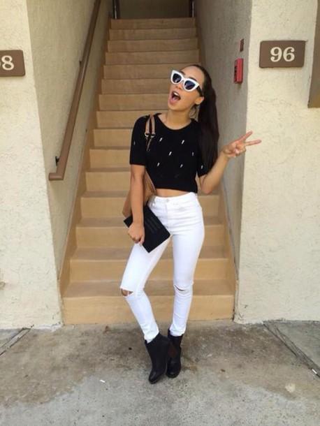 black t-shirt youtuber white jeans