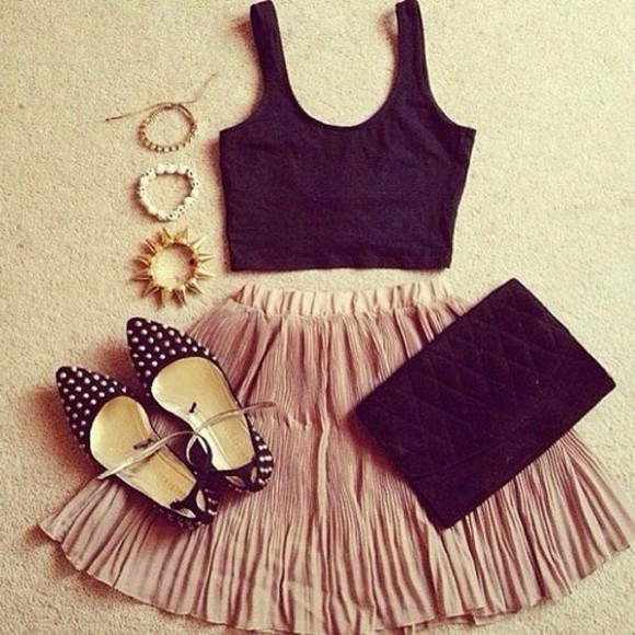 top jewelery skirt crop tops shoes bag