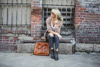 happily grey blogger brown leather bag ripped jeans ripped skinny jeans