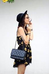 my name is glenn,blogger,jumpsuit,sunglasses,jewels,bag,hat,daisy,print