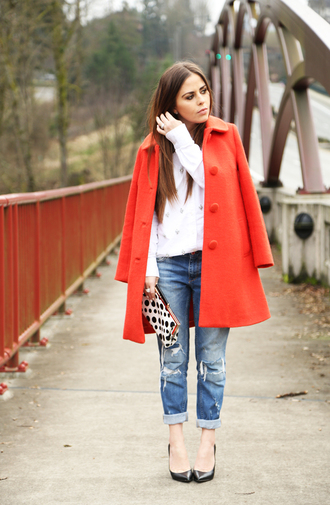 dress corilynn blogger pouch polka dots red coat white sweater ripped jeans