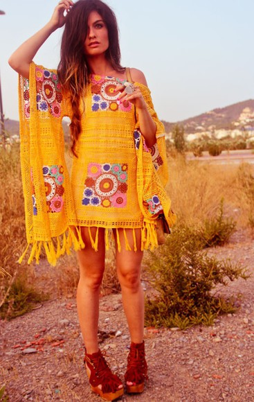 style fashion beautiful floral girly dress bohemian bohemian dress bohemian chic boho chic hippie amazing yellow print yolo look wedges statement piece pretty dress inspo lovely cool adore love want want want wantie help ! helpmetofindit