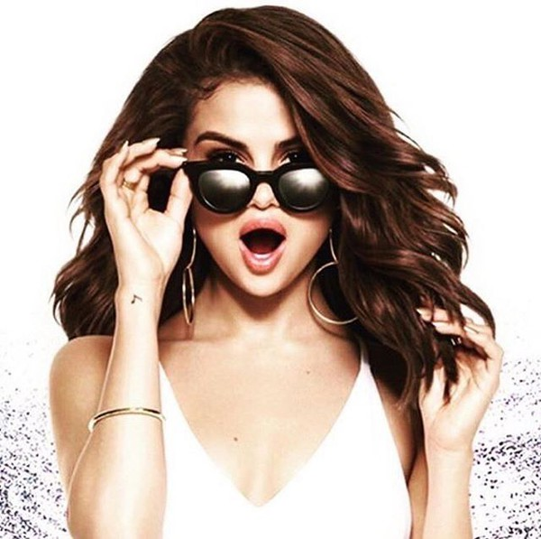 jewels selena gomez gold hoops pantene