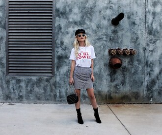 skirt mini skirt gingham skirt ruffle skirt t-shirt blogger blogger hat slogan t-shirts sock boots shoulder bag