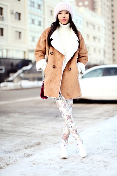 aibina's blog blogger shearling jacket printed pants winter outfits coat jeans shoes hat brown shearling jacket turtleneck turtleneck sweater white sweater beanie pink beanie bag red bag sneakers white sneakers winter jacket