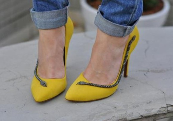 shoes snake yellow heel