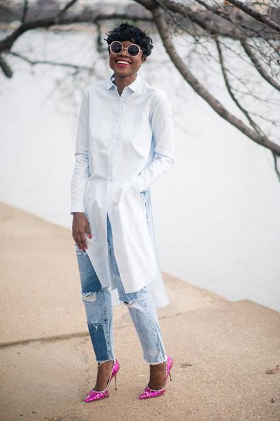 Skinny hipster blogger shirt dress ripped jeans pink heels asymmetric shirt white shirt ...