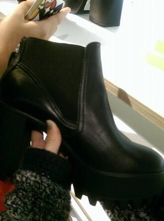 vagabond vagabonds platform shoes urban outfitters high heels black boots 90splatforms chuncky heels chuncky boots